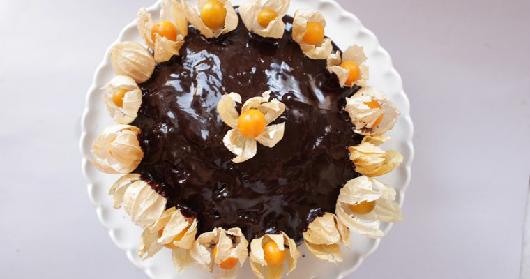 Ganache-topped Chocolate Cake